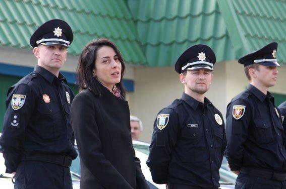 У Рівному  Хатія Деканоідзе відкрила офіс патрульної поліції (фото) - фото 4
