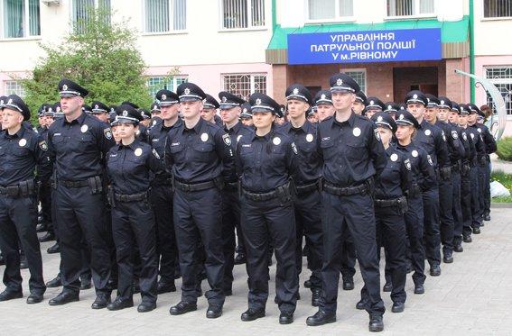 У Рівному  Хатія Деканоідзе відкрила офіс патрульної поліції (фото) - фото 1