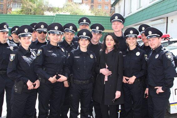 У Рівному  Хатія Деканоідзе відкрила офіс патрульної поліції (фото) - фото 3