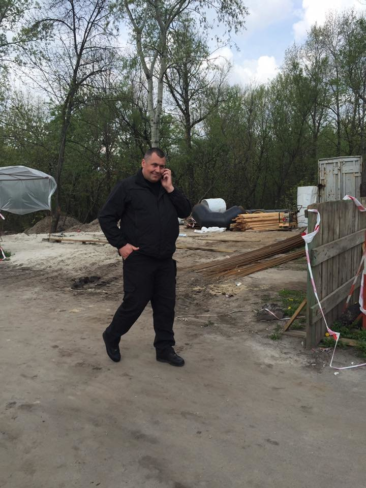 На Здолбуновской произошла драка между застройщиком и активистами (ФОТО, ВИДЕО), фото-3