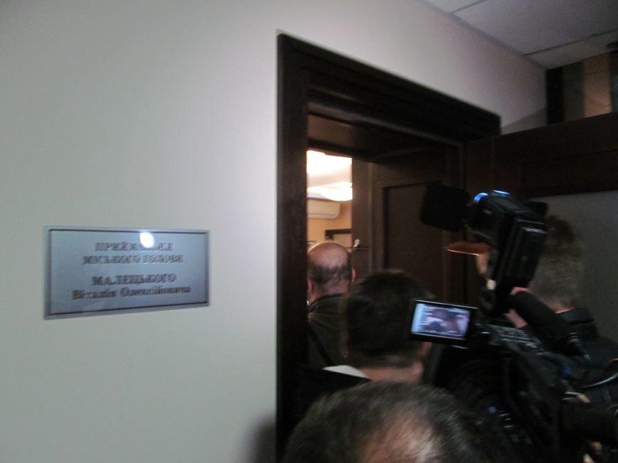 Сегодня Свободный профсоюз Кременчуга прибыл под стены мэрии со списком требований (фото и видео), фото-14