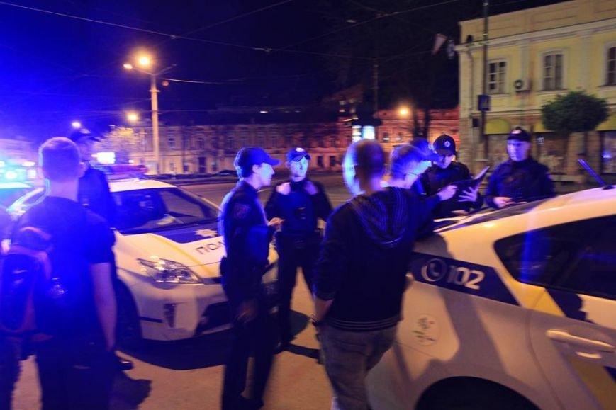 Подробности: вооруженный курьер по доставке еды угрожал одесским водителям расправой (ФОТО) (фото) - фото 1