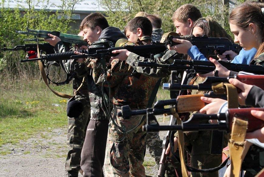 У збаразькій промзоні «захоплювали заручників» та «супроводжували місію ОБСЄ» (фоторепортаж), фото-2