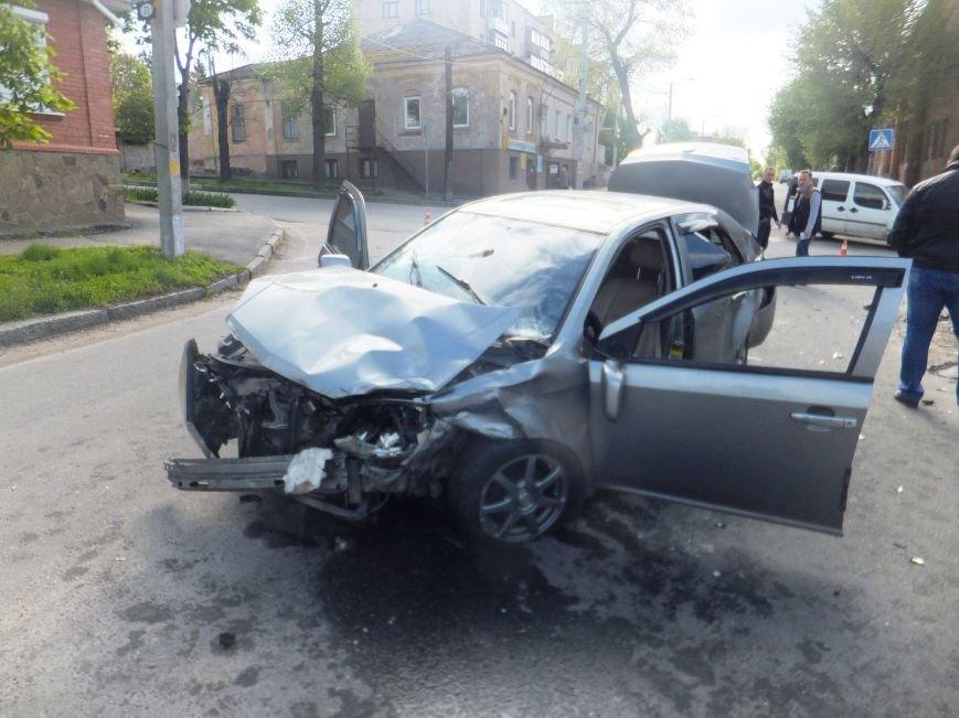 В Кировограде произошло очень серьезное ДТП. ФОТО (фото) - фото 1