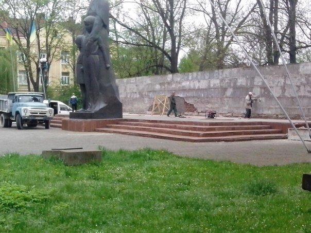 В Івано-Франківську розпочалася реставрація Братського кладовища (ФОТО) (фото) - фото 2