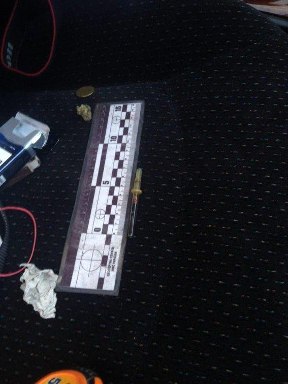 В Ужгороді у студента знайшли зброю і наркотики (фото) - фото 2