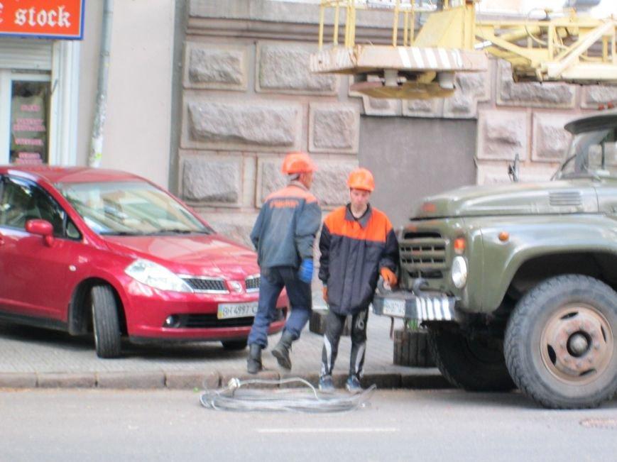 d8f4854b234d2b177e07dbeb5d91ca6c В постапокалиптической Одессе ликвидируют последствия вчерашней бури