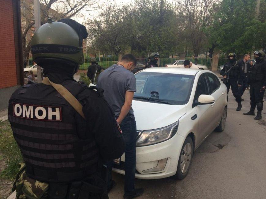 В Ростове задержали грабителей, напавших на отделение банка (фото) - фото 2
