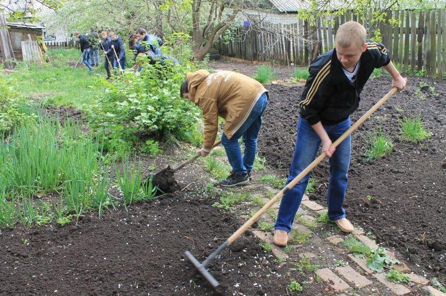 Благотворительный фонд «ДАР» проводит акцию в помощь ветеранам, фото-9