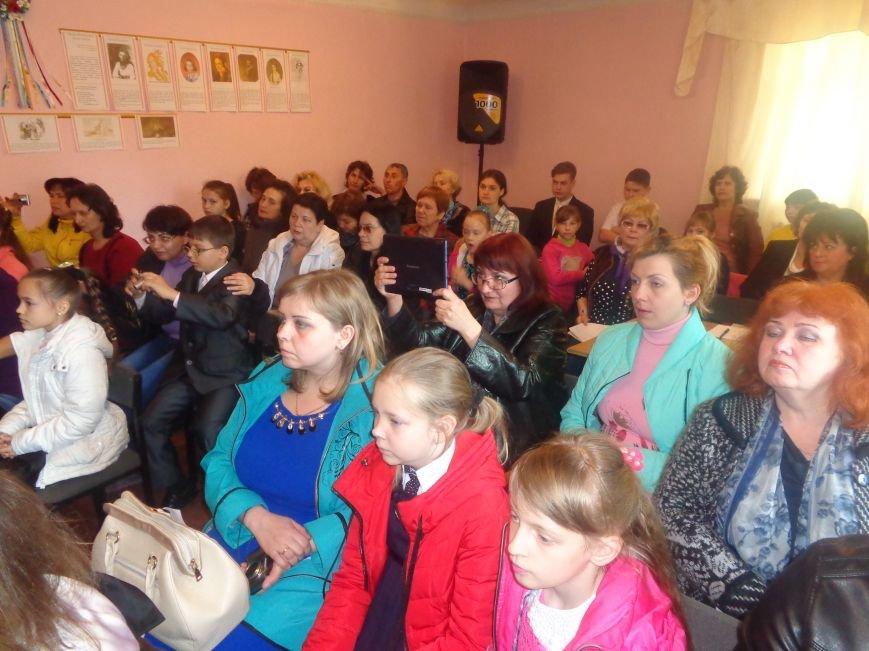 В Красноармейске зацвела «Прокофьевская акация» (фото) - фото 2