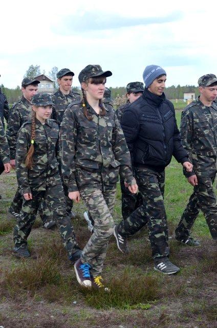 Школярів Рівненщини вчать стріляти на полігоні, фото-2