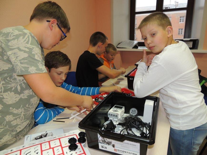 4 мая в помещении школы №11 пройдут II Псковские соревнования роботов. Организаторы просят поддержки местных предпринимателей, с призовым фондом (ф...