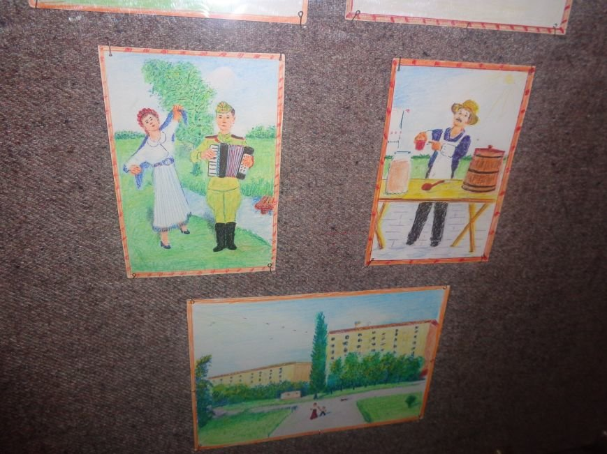 В Красноармейском историческом музее представили художника, запечатлевшего в своих работах «миті життя» (фото) - фото 12