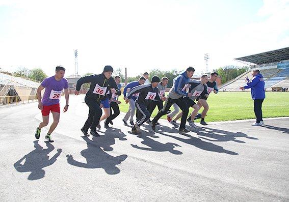 На стадіоні «Поділля» змагалися поліцейські області (Фото) (фото) - фото 1