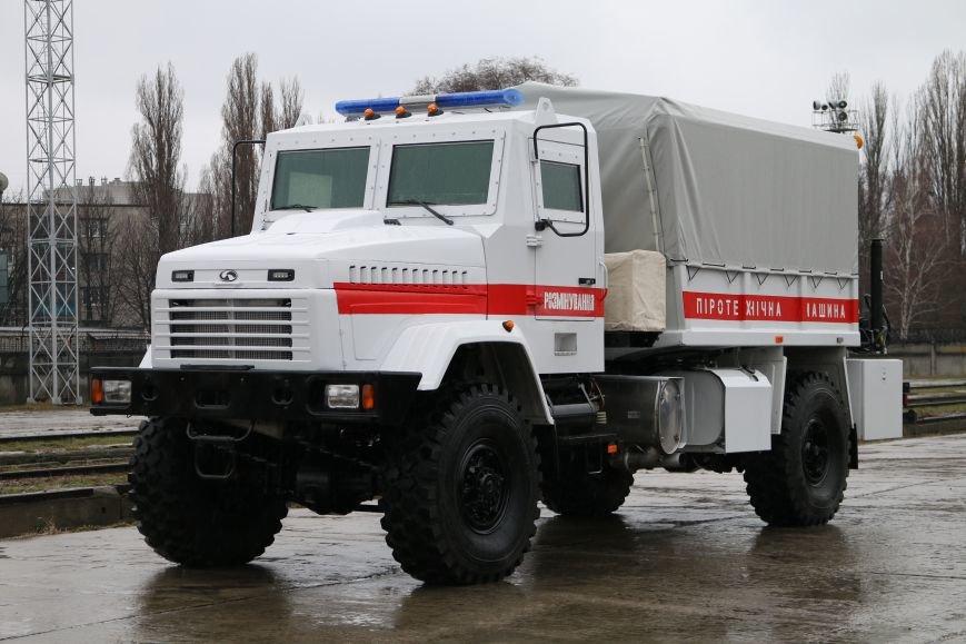 Освобождённые от сепаратистов территории будут разминировать на новом пиротехническом КрАЗе, фото-4