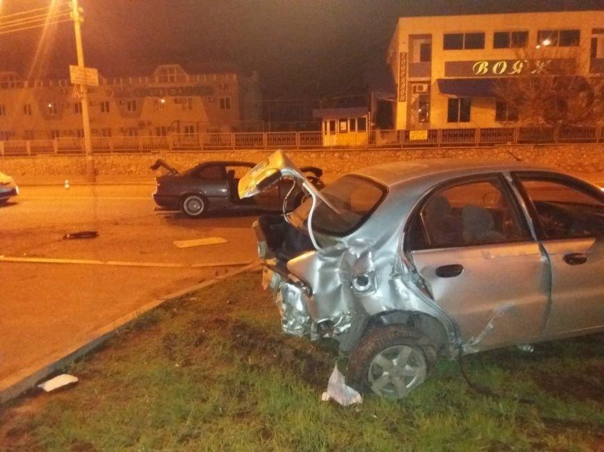 В Харькове ночные гонки закончились аварией (ФОТО) (фото) - фото 2