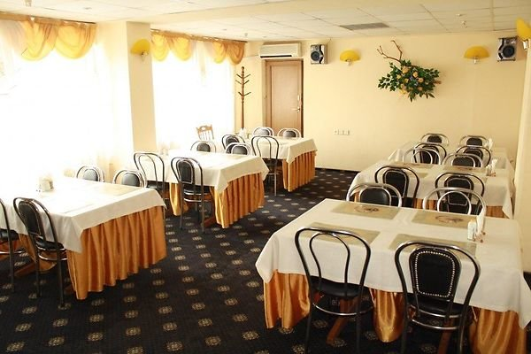 На Лыбедской хотят продать отель за долги (фото) - фото 3