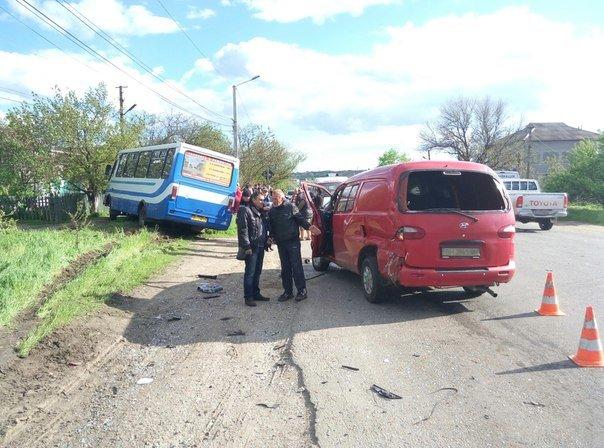 Под Одессой маршрутка с пассажирами попала в аварию (ФОТО) (фото) - фото 1
