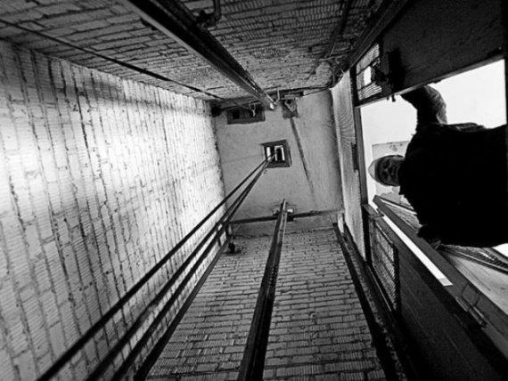 Из дома на Факеле Социализма выкрали лифтовое оборудование (фото) - фото 1