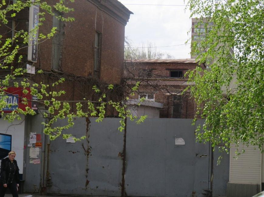 Кто зарабатывает на разрушающемся Мариупольском ликеро-водочном заводе (ФОТО+ВИДЕО), фото-4