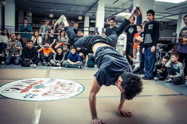 «Інопланетянськими» брейк-данс та хіп-хоп - полтавська академія танців ділиться досягненнями за перші півроку (фото) - фото 3