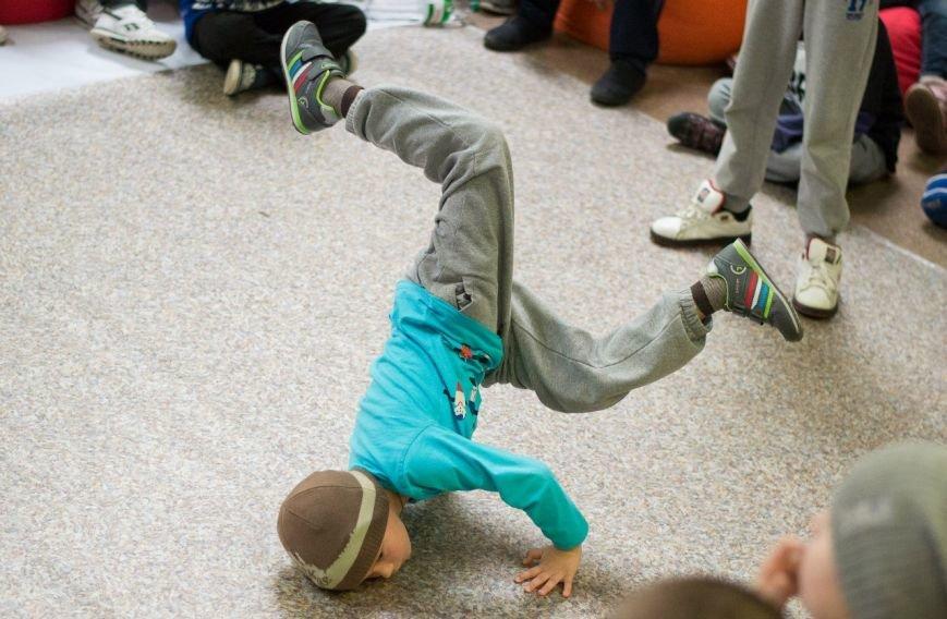 «Інопланетянськими» брейк-данс та хіп-хоп - полтавська академія танців ділиться досягненнями за перші півроку (фото) - фото 4