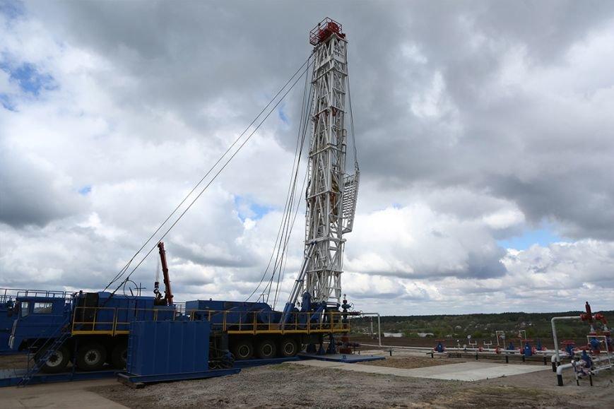 Самая глубокая скважина №17 Семиренковского месторождения Нефтегаздобычи. Проведение капремонта