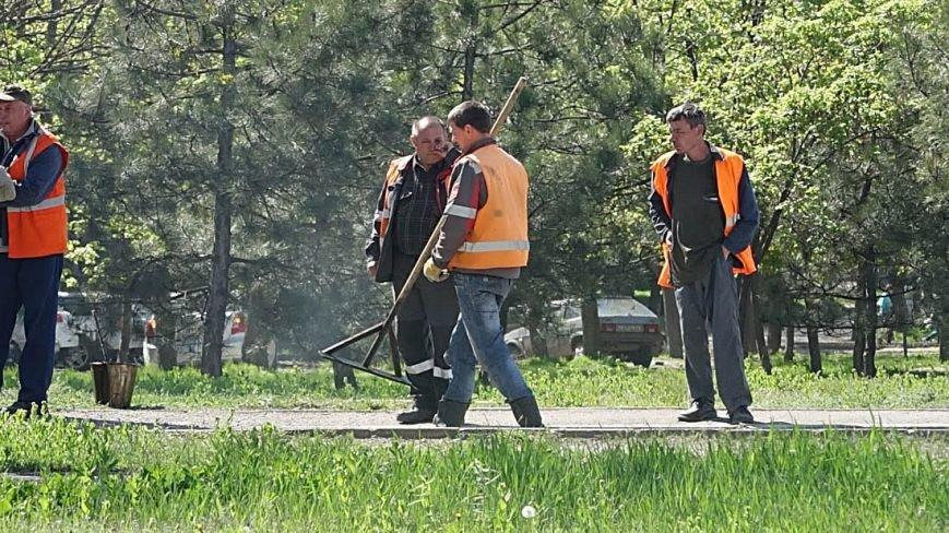 "В  Мариуполе начали активно ""латать"" дороги(Фотофакт), фото-5"