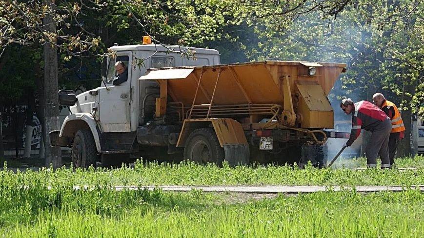 "В  Мариуполе начали активно ""латать"" дороги(Фотофакт), фото-7"