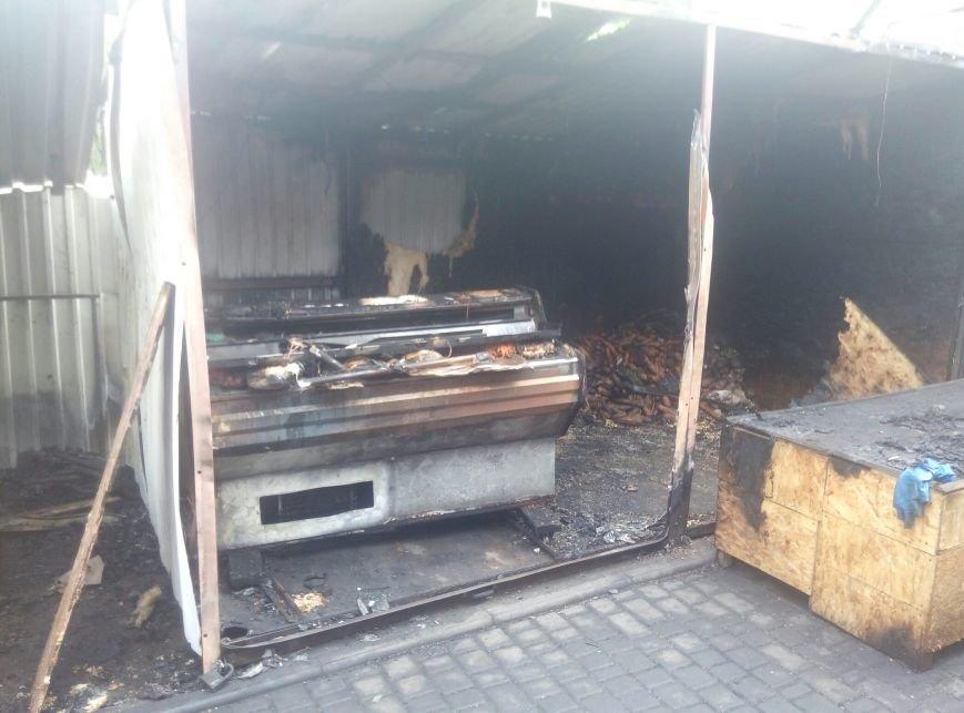На Котовского в Одессе сгорел стихийный мини-рынок (ФОТО) (фото) - фото 1