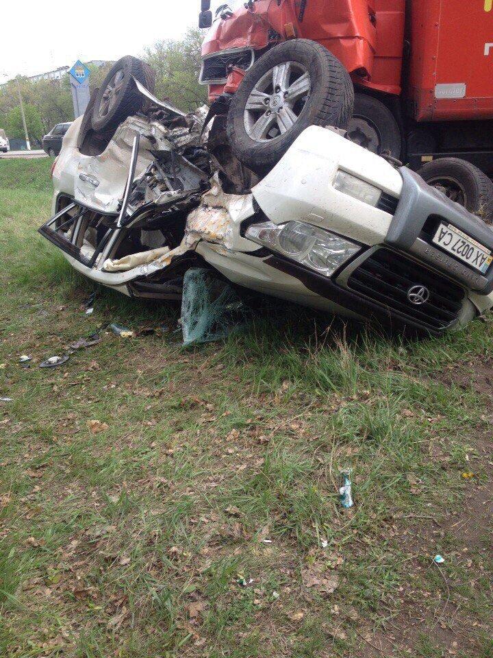 Жуткая авария под Чугуевом: автомобили