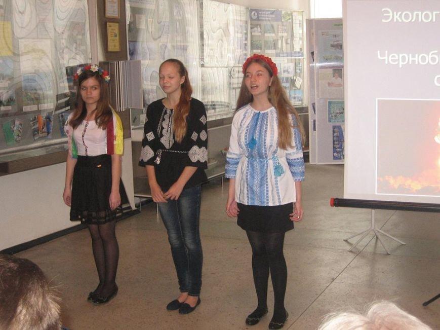 Встреча с героями-чернобыльцами прошла в музее истории Бердянска (фото) - фото 4