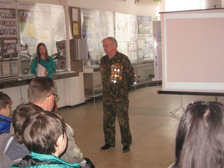 Встреча с героями-чернобыльцами прошла в музее истории Бердянска (фото) - фото 2