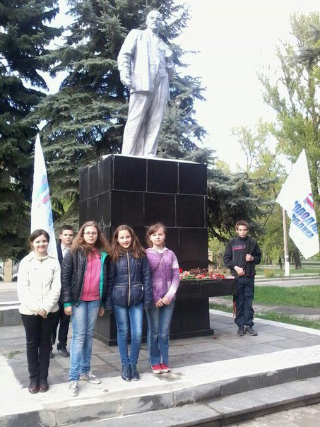 Back in the USSR: в Макеевке отмечали день рождения Ленина (фото) - фото 2