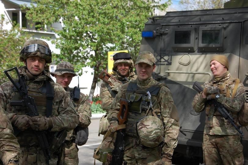 a7a9a4b135b29f1c3e3cf42bc5f545d3 Под Одессу прибыл полк «Азов»