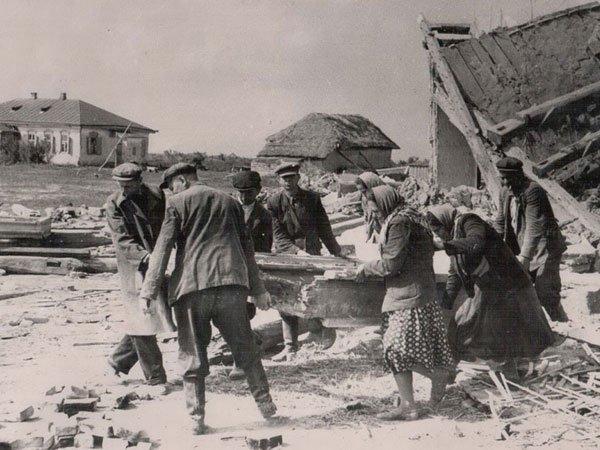55 років тому десятки черкаських сіл були затоплені водами Кременчуцького моря (фото) - фото 1