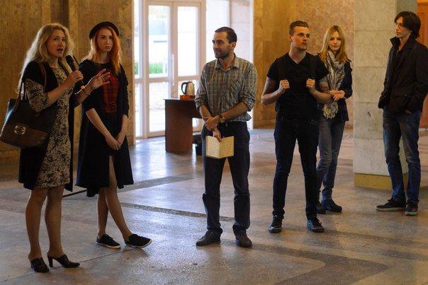 Черкащан запрошують відвідати художню виставку у Палаці молоді (ФОТО), фото-1
