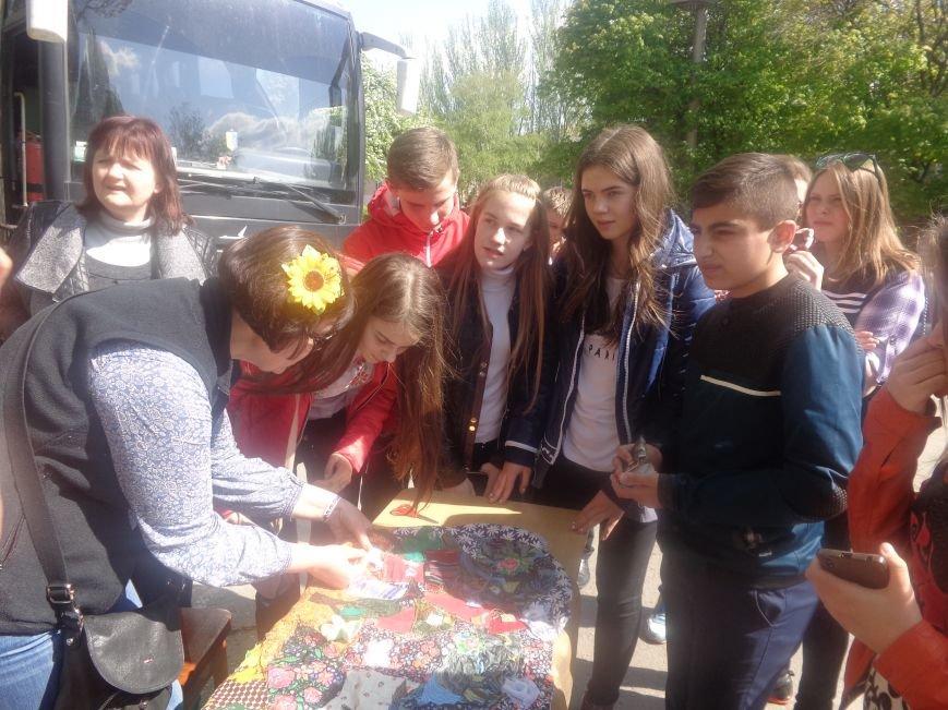 Студенты Красноармейска (Покровска) провели масштабную благотворительную акцию во имя спасения детской жизни (фото) - фото 8