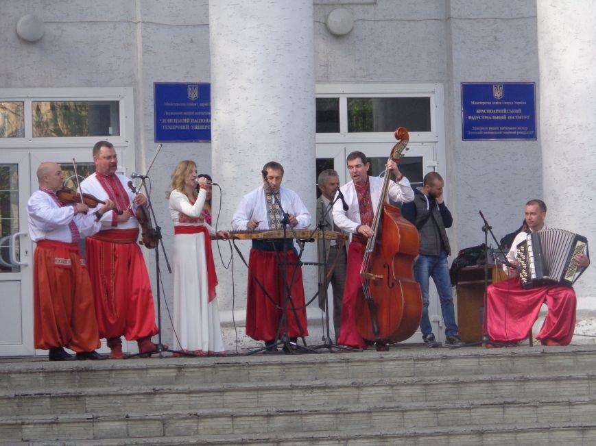 Студенты Красноармейска (Покровска) провели масштабную благотворительную акцию во имя спасения детской жизни (фото) - фото 19
