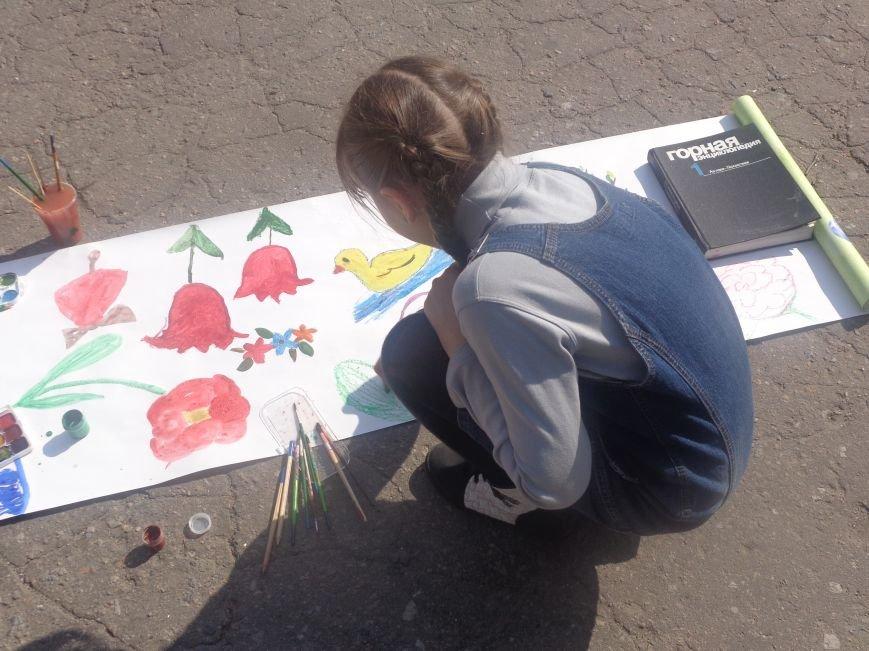 Студенты Красноармейска (Покровска) провели масштабную благотворительную акцию во имя спасения детской жизни (фото) - фото 16