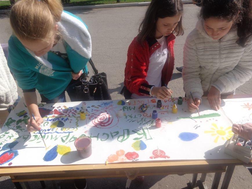 Студенты Красноармейска (Покровска) провели масштабную благотворительную акцию во имя спасения детской жизни (фото) - фото 10