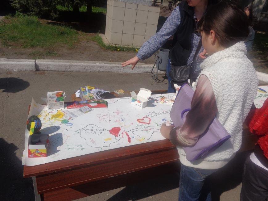 Студенты Красноармейска (Покровска) провели масштабную благотворительную акцию во имя спасения детской жизни (фото) - фото 11
