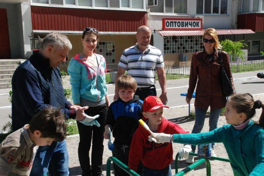 Как в Кременчуге на субботнике убирались мэр, заместители, депутаты и другие жители города, фото-9