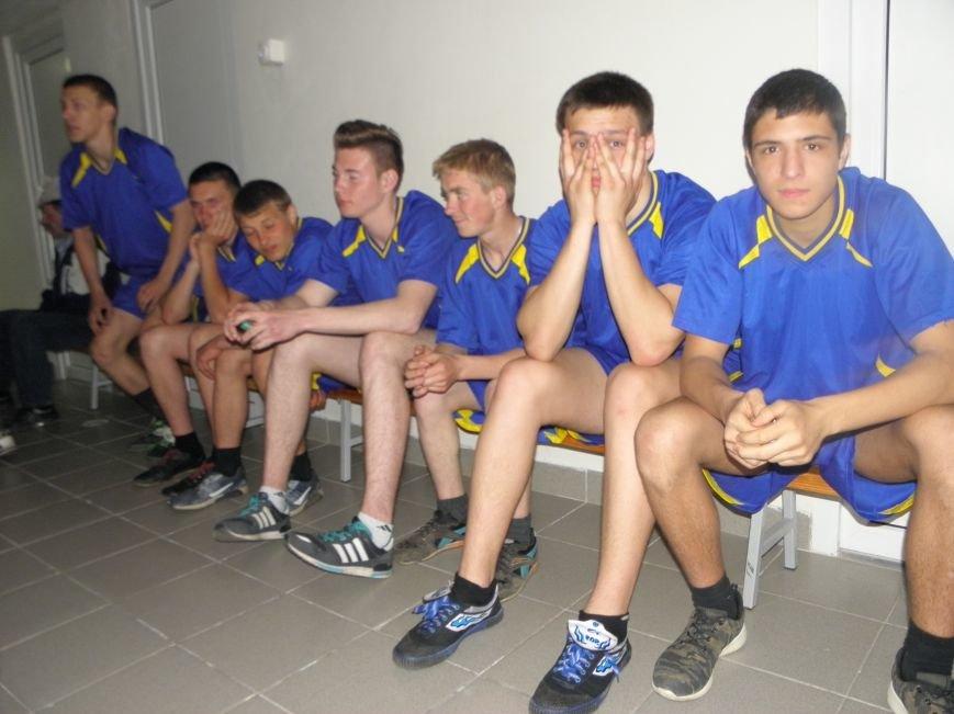 Команда Красноармейского (Покровского) профессионального лицея заняла 2 место в областной спартакиаде (фото) - фото 6