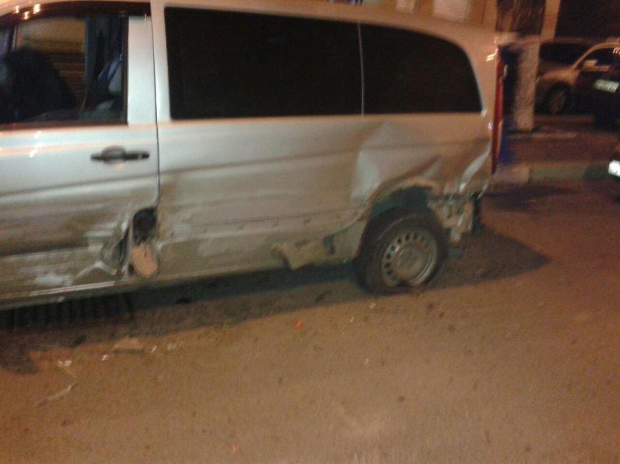 В Черноморске произошла автомобильная авария (+фото) (фото) - фото 5