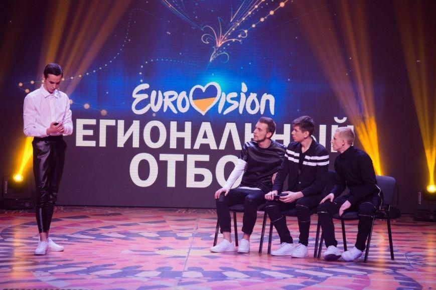 «Лукас» под руководством Игоря Ласточкина успешно продолжили участие в «Лиге смеха» (ВИДЕО) (фото) - фото 1
