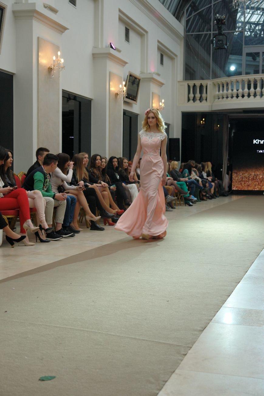 Кава з корицею: франківський подіум визначив модні тенденції нового сезону (ФОТО) (фото) - фото 1