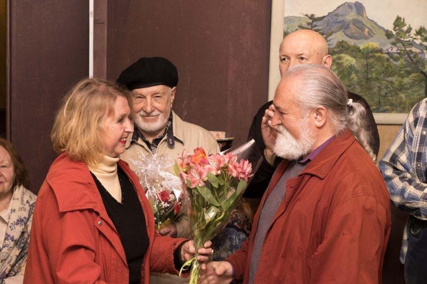 В Ялтинском историко-литературном музее открыта выставка «Творческой жизни итог», посвященная 70-летию художника Валерия Мухина (фото) - фото 1