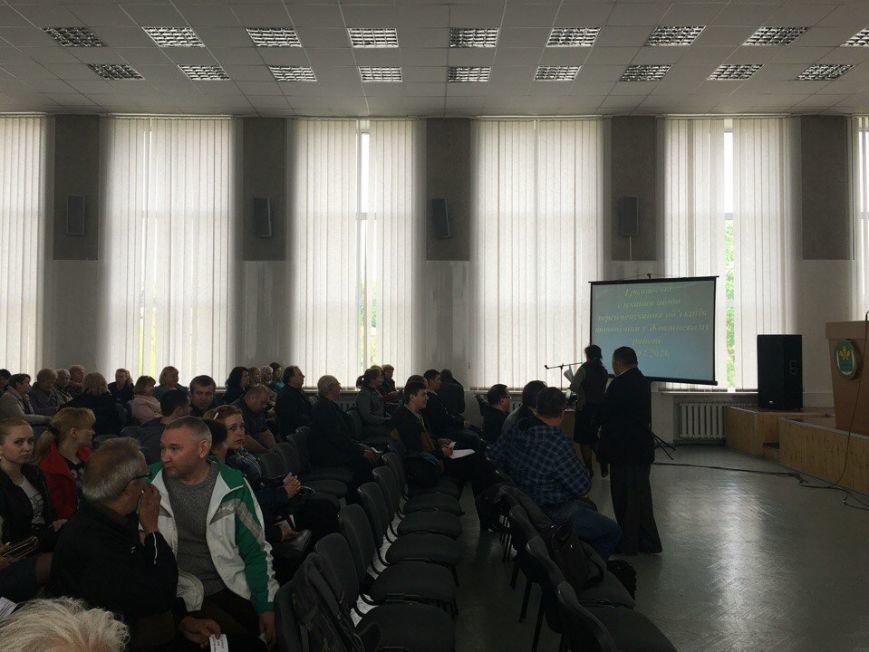В Жовтневом районе Кривого Рога проходят общественные слушания по переименованию городских объектов (ФОТО) (фото) - фото 1