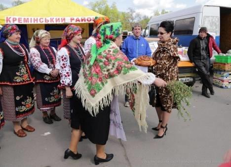 В Северодонецке состоялась сельскохозяйственная ярмарка (фото) (фото) - фото 6